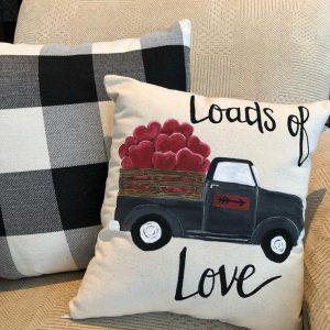MJ & Crew - Chicago Artisan Market (Loads of love pillow)