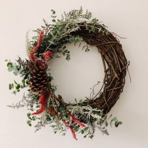 DIY Holiday Wreath Making at Chicago Artisan Market