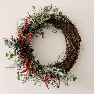 DIY Holiday Wreath Making at Chicago Artisan Market