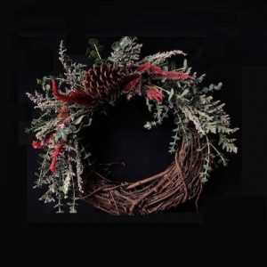 Winter-Holiday Wreath Making Class at Chicago Artisan Market