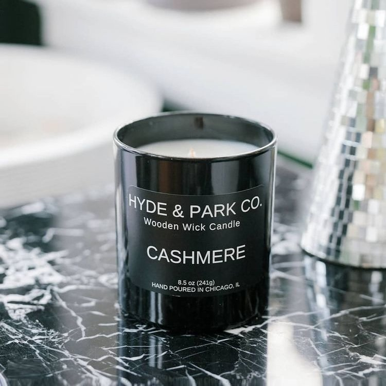 Hyde & Co. - Chicago Artisan Market (Cashmere) - wooden wick candle